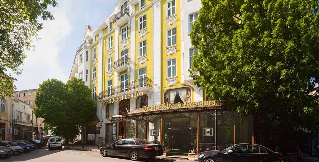 Хотел във Варна
